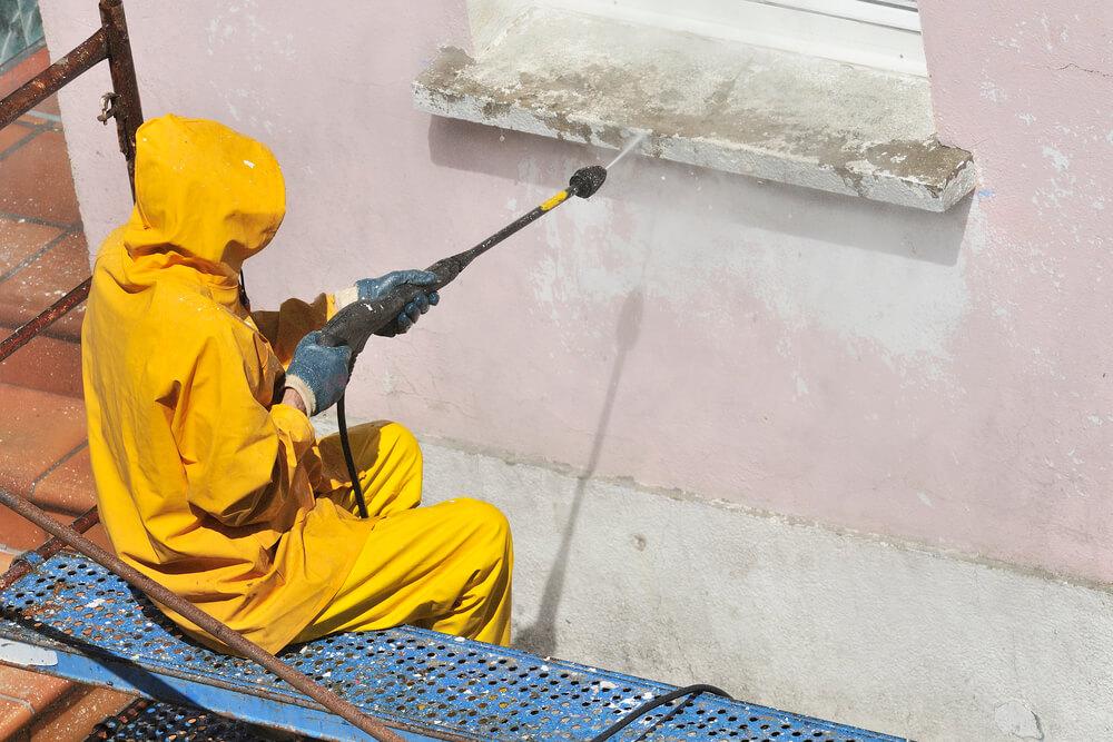 can you power wash stucco