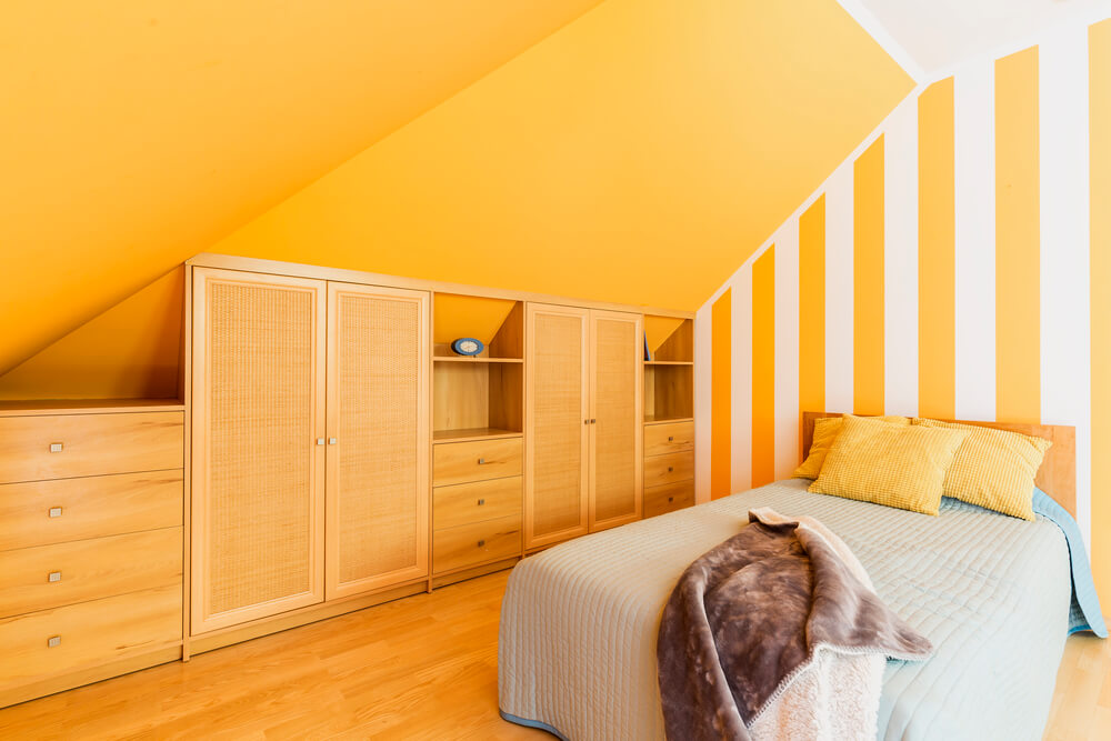 Are Fitted Wardrobes Old Fashioned